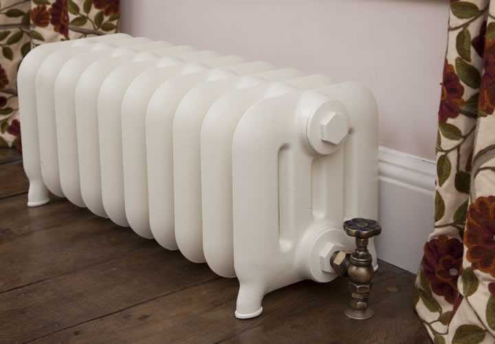 duchess 4 column painted cast iron radiator