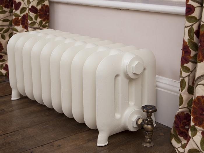 Duchess 4 column cast iron radiator in parchment white finish