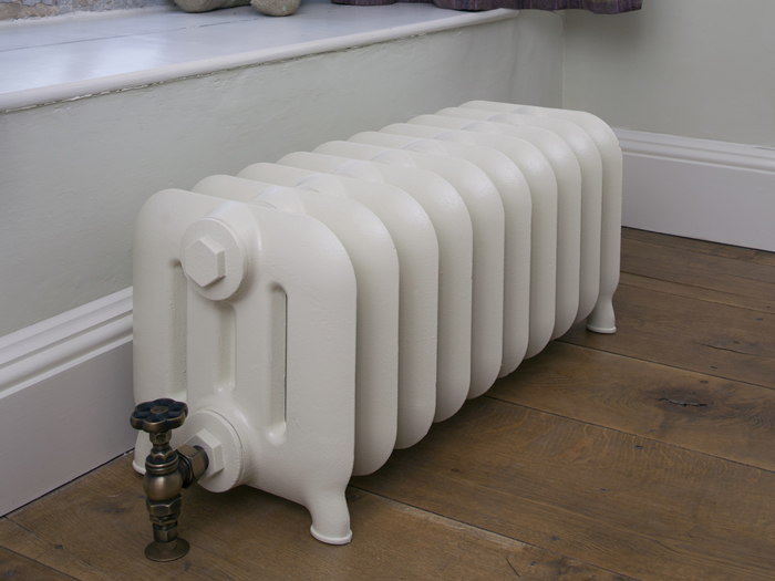 Duchess 4 column radiator in parchment white finish