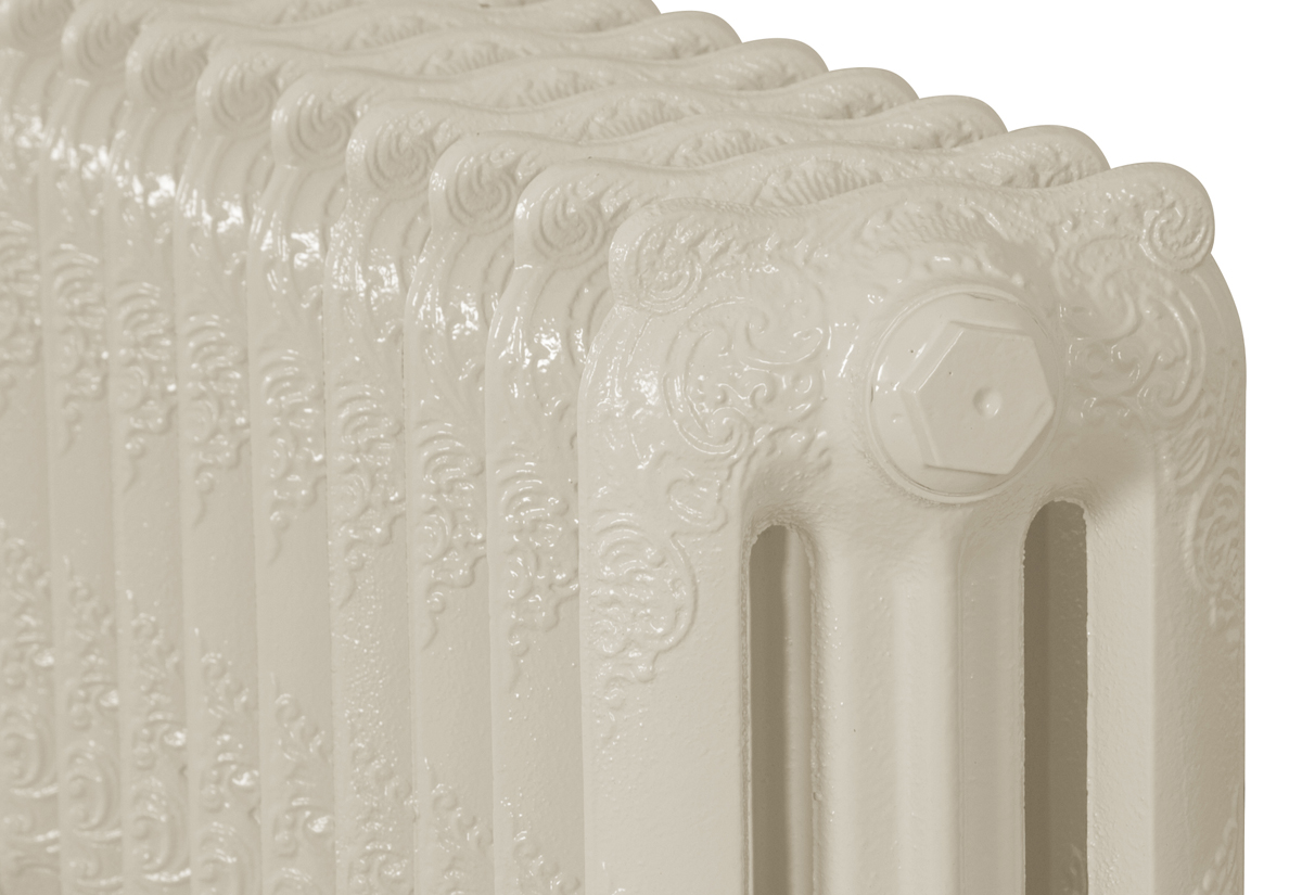 Rococo 3 Column Buttermilk 12 Sections 460Mm Close Up